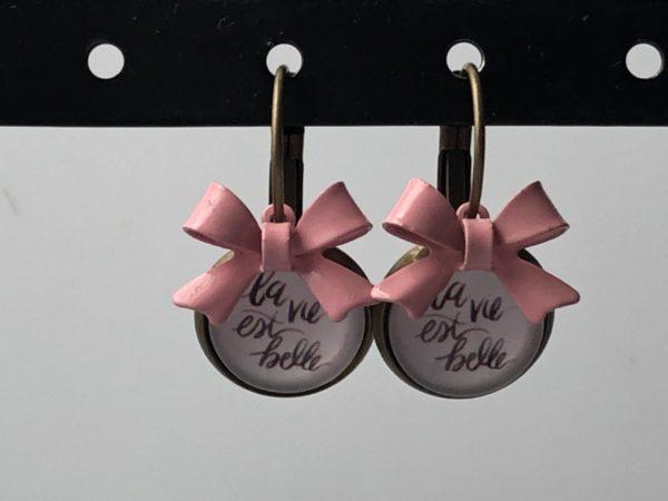 La vie est belle roze strik